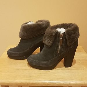 NWT Hunter leather and shearling boots.
